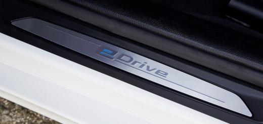 BMW 330e (14)