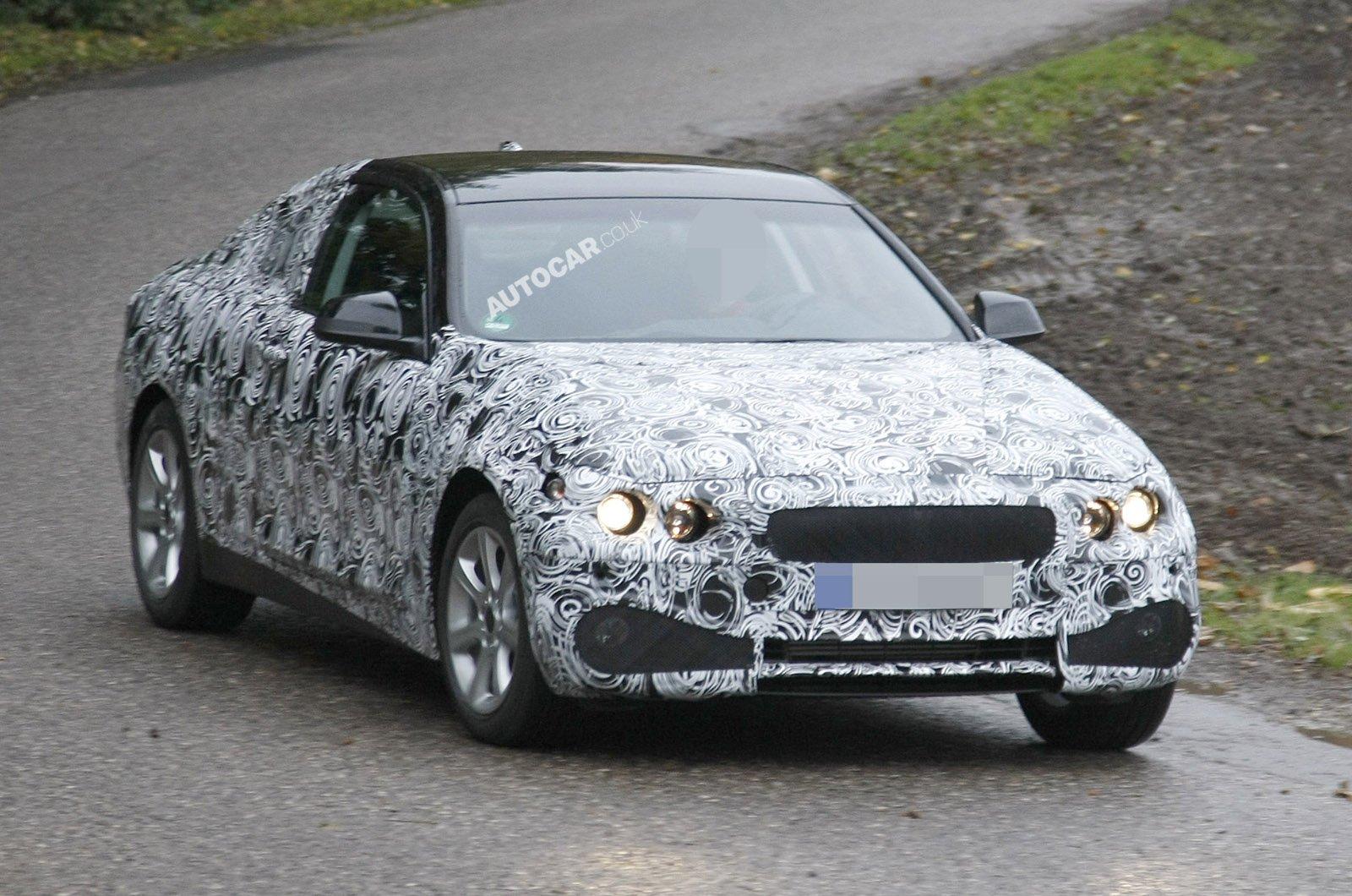 BMW-201011111154574361600x1060