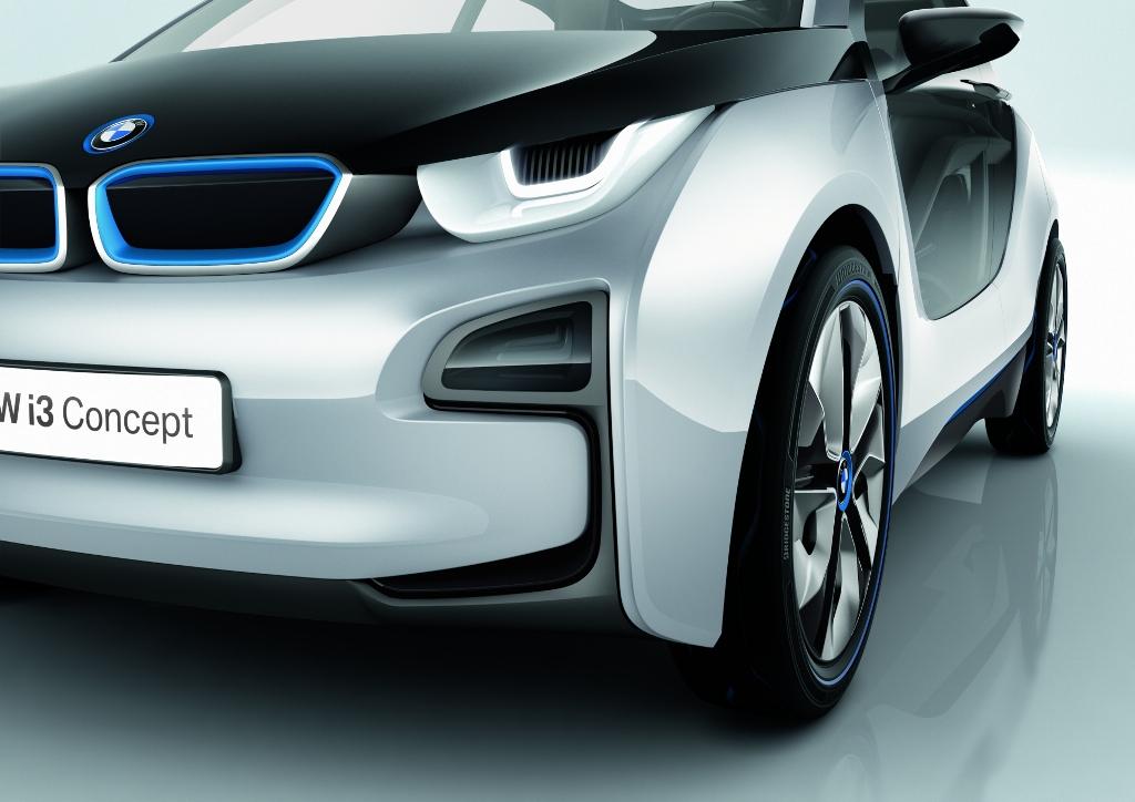 BMW i13