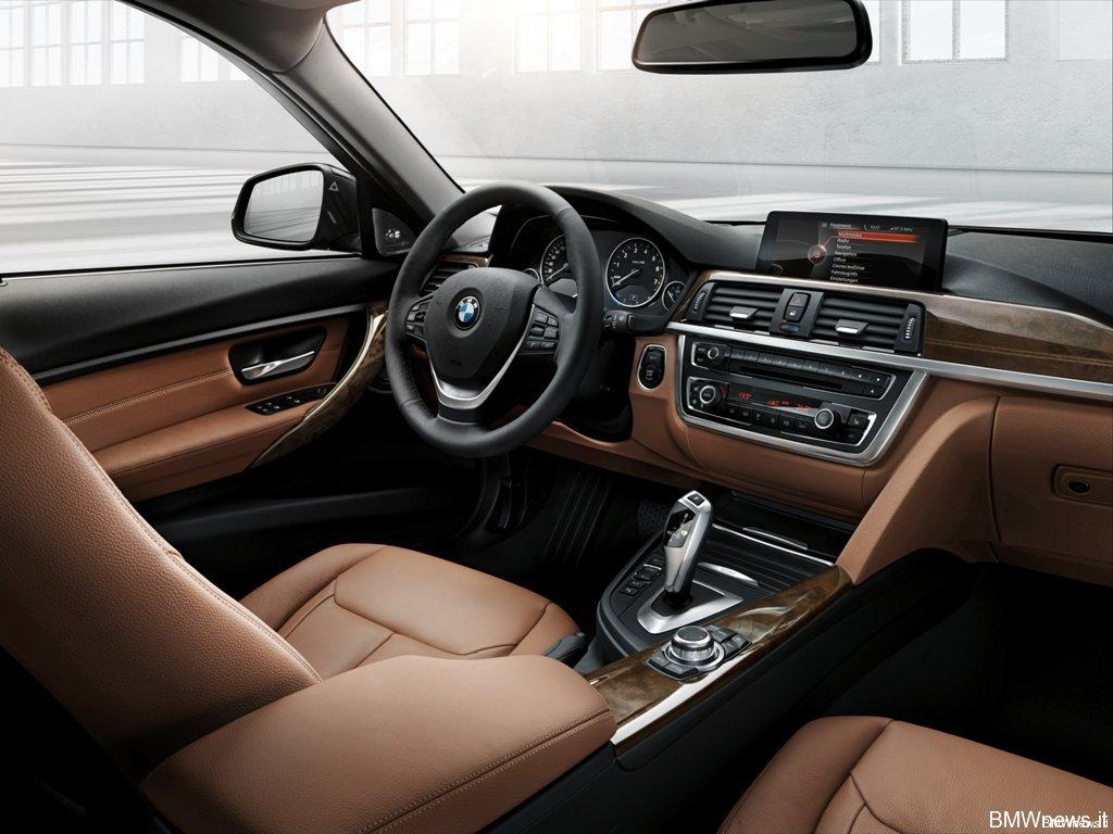 BMW Serie 3 Touring Interni (a)