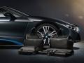 BMW_i8_Louis_Vuitton_luggage_set