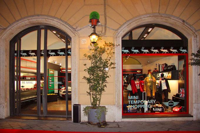 mini temporary shop Roma