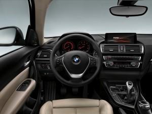 BMW Serie 1 F20 120d Modern (7)
