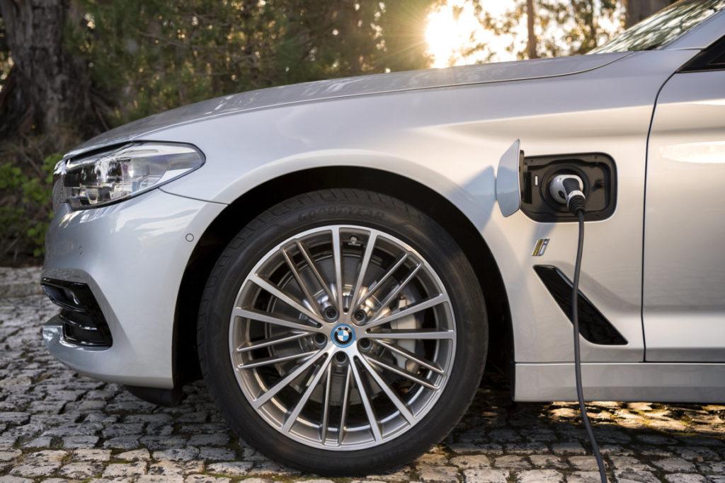 BMW 530e iPerformance (4)