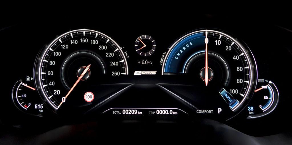 BMW 530e iPerformance - BMW Serie 5 G30 (12)