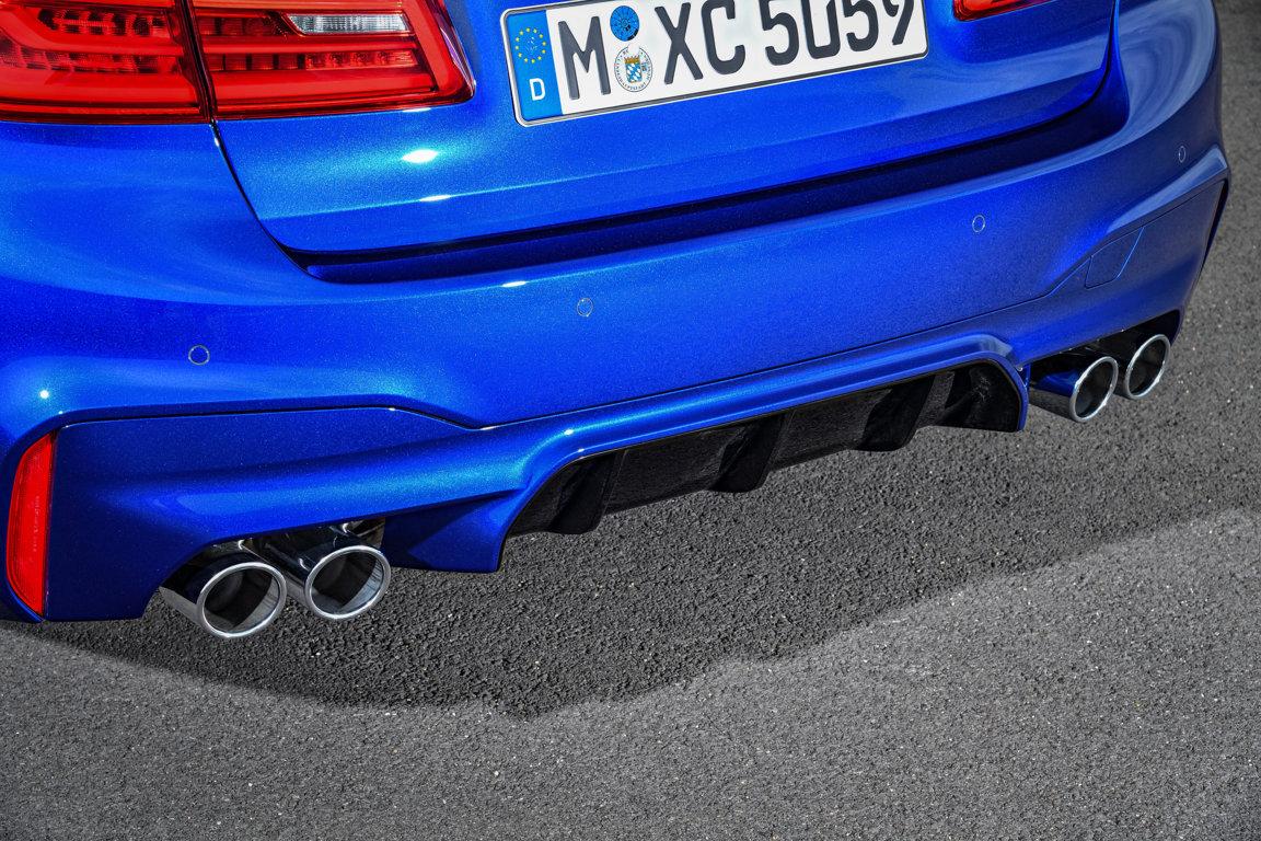 BMW-M5-M-xDrive-F90-2018-12.jpg