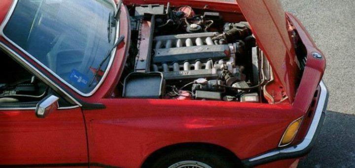 BMW Serie 6 E24 V12