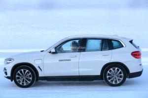 BMW iX3 Spy - BMW X3 BEV (4)