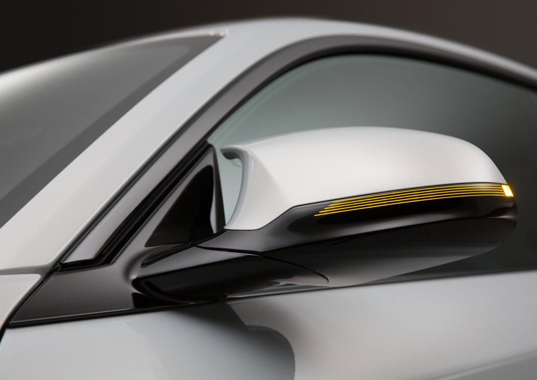 BMW-M2-Competition-2018-23.jpg