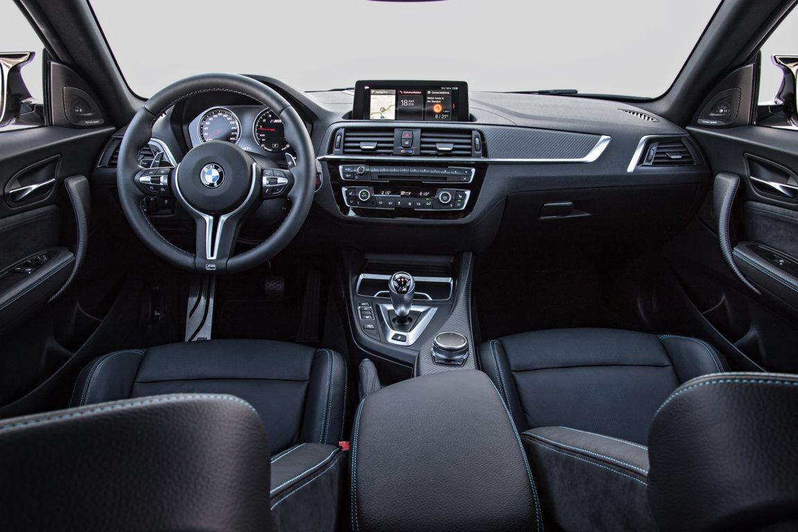 BMW-M2-Competition-2018-27.jpg
