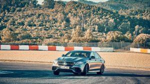 BMW M5 M xDrive F90 - Mercedes-AMG E63 S 4Matic + 2018 (6)