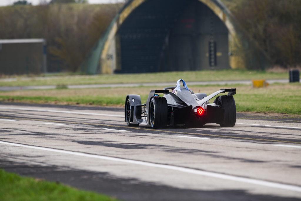 BMW iFE 18 BMW i Motorsport 2018 (5)