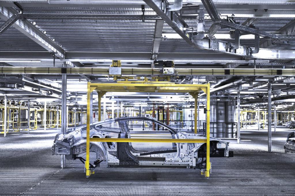 BMW Serie 8 Coupe G15 2018 Dingolfing Plant Production (5)