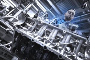 BMW N63 V8 4.4 TwinTurbo Assembly Line - BMW Serie 8 2018 (14)