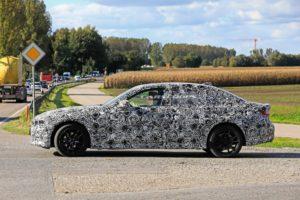 BMW Serie 3 LWB Spy 2019 G28 (7)