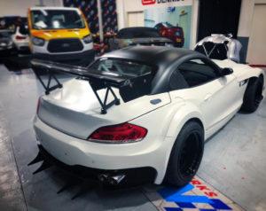 BMW Z4 sDrive35i BMW Z4 GT3 Replica (15)