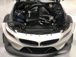 BMW Z4 sDrive35i BMW Z4 GT3 Replica (16)