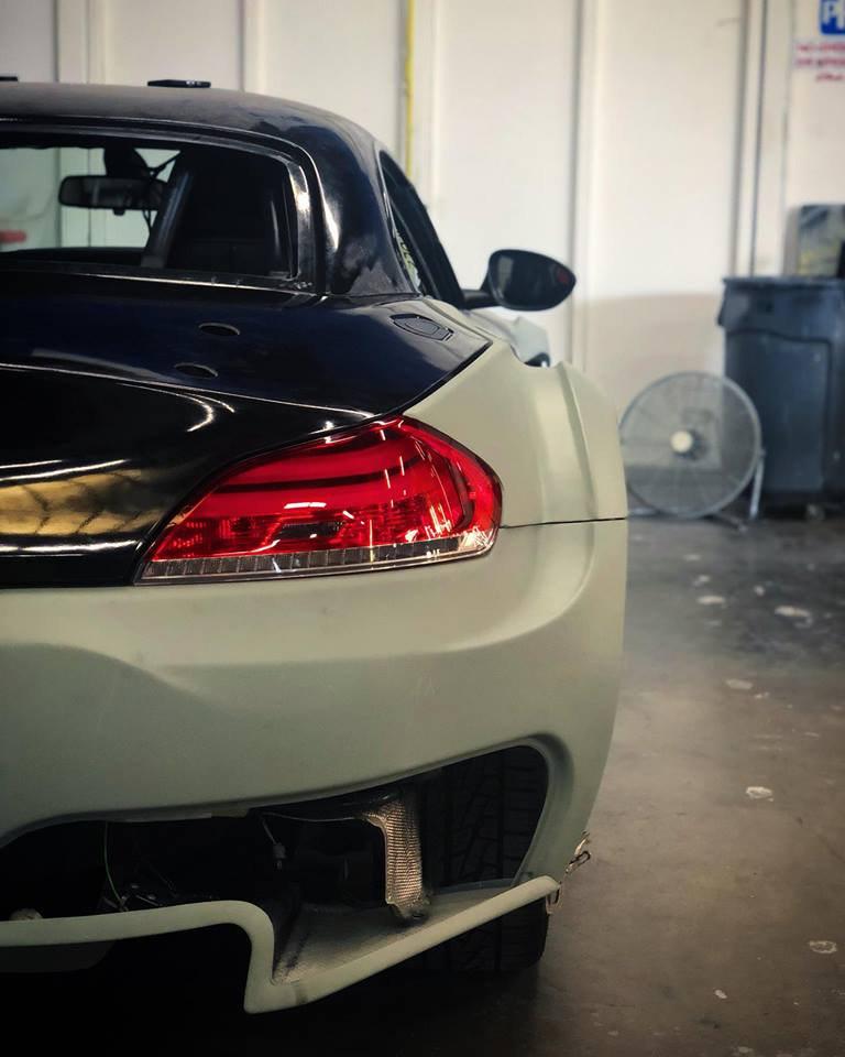 Bmw Z4 Sdrive35i: BMW Z4 SDrive35i BMW Z4 GT3 Replica (9)
