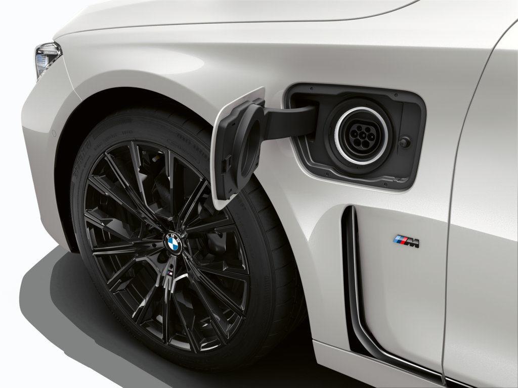 BMW 745e 2019 - G11 G12 (12)