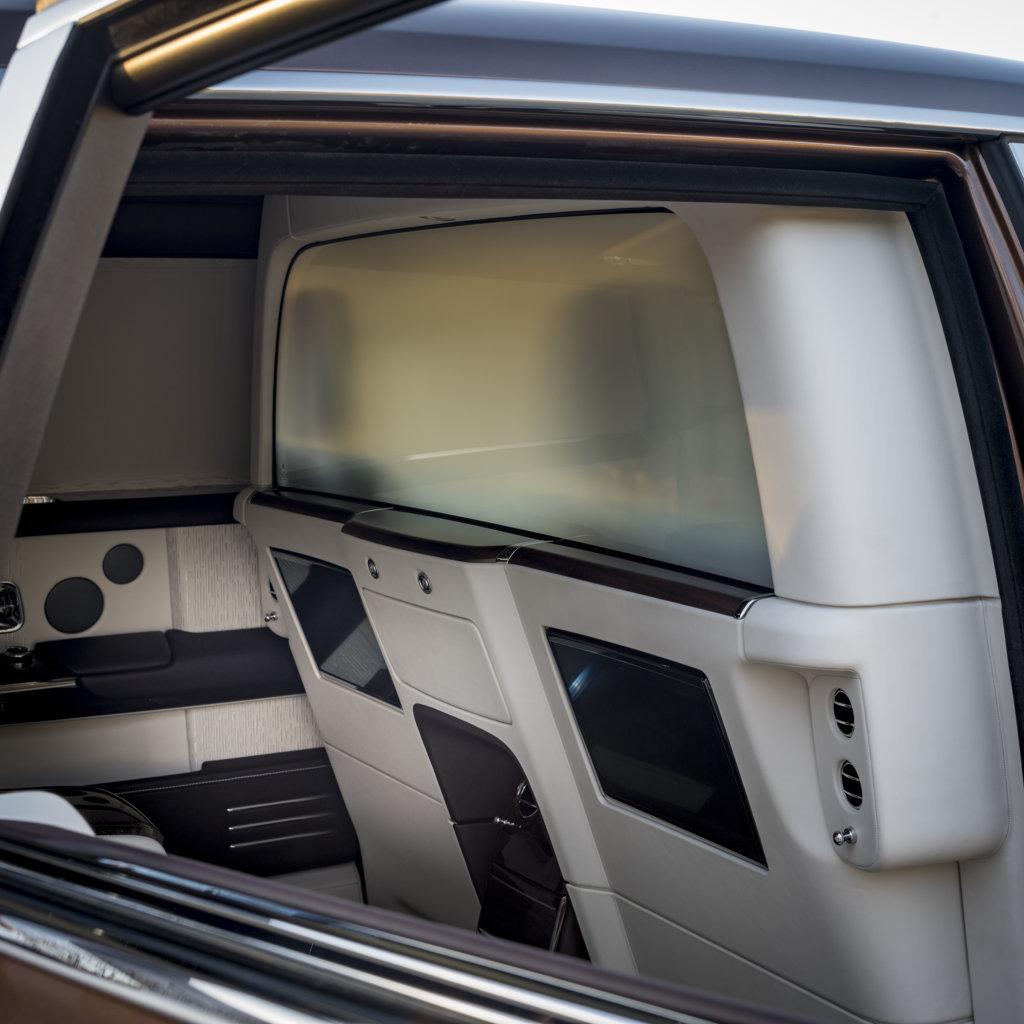 Rolls-Royce Phantom EWB Privacy Suite Shanghai 2019 Rolls Royce (6)