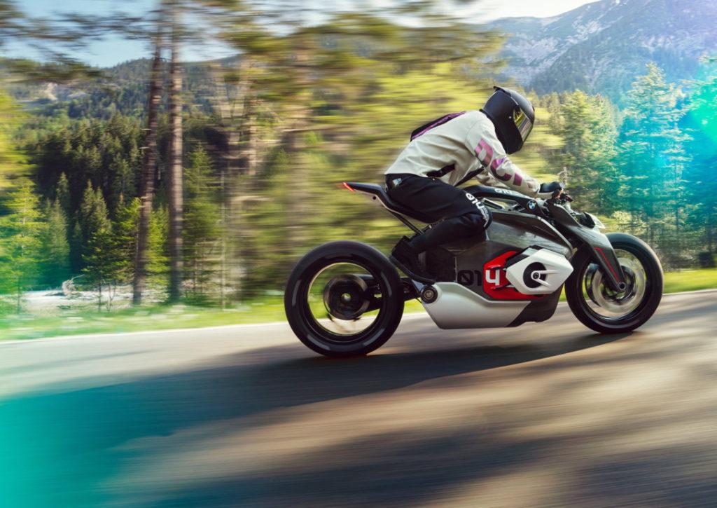 BMW-Motorrad-Vision-DC-Roadster-2019-Concept-2