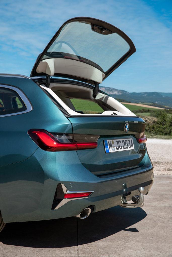 BMW Serie 3 Touring 2019 - Luxury Line - Blue Ridge Mountain Metallic - G21