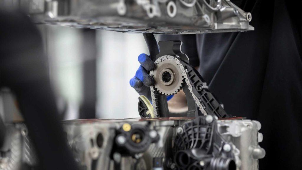 Mercedes-AMG-M139-Engine-2019-4