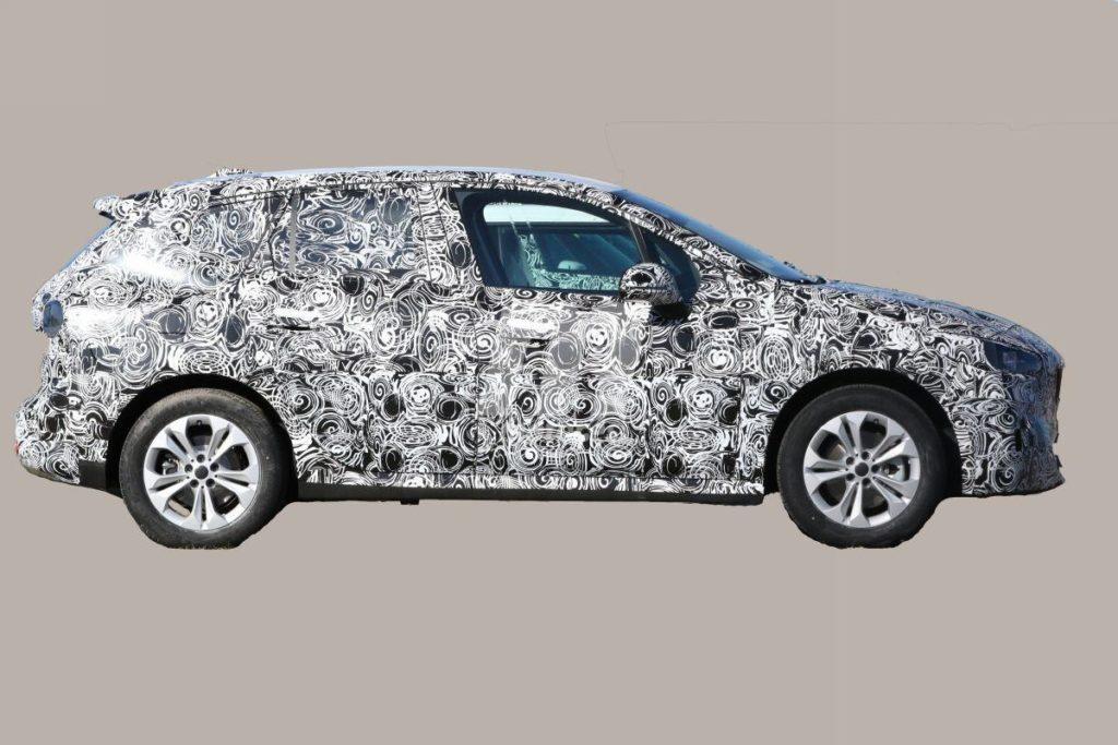 BMW Serie 2 Active Tourer 2021 Spy - U06