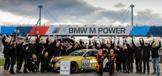 VLN Langstreckenmeisterschaft Nuerburgring 2019, 44. DMV Muensterlandpokal (2019-10-26): #650 - Yannick Fuebrich, David Griessner (BMW M240i Racing Cup) - CUP5 mit Meisterteam Pixum Team Adrenalin Motorsport